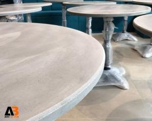 میز بتنی گرد